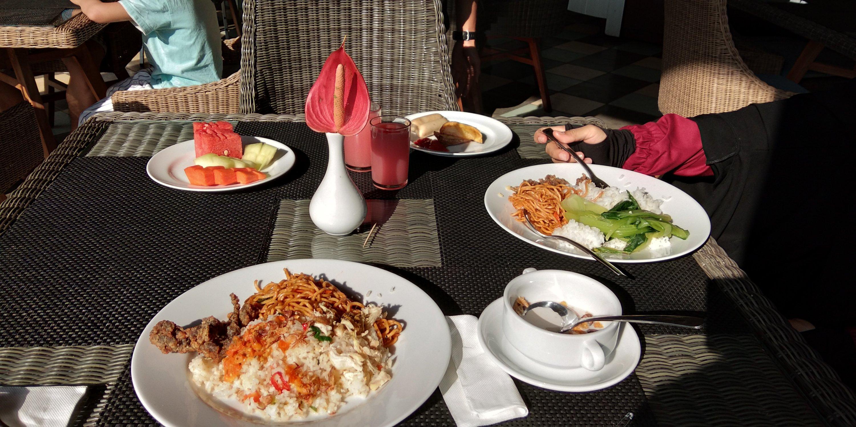 Menu Sarapan di Hotel Amanuba Bogor