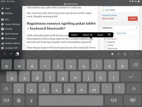 Keyboard di layar ipad mini 5 menutupi tampilan aplikasi